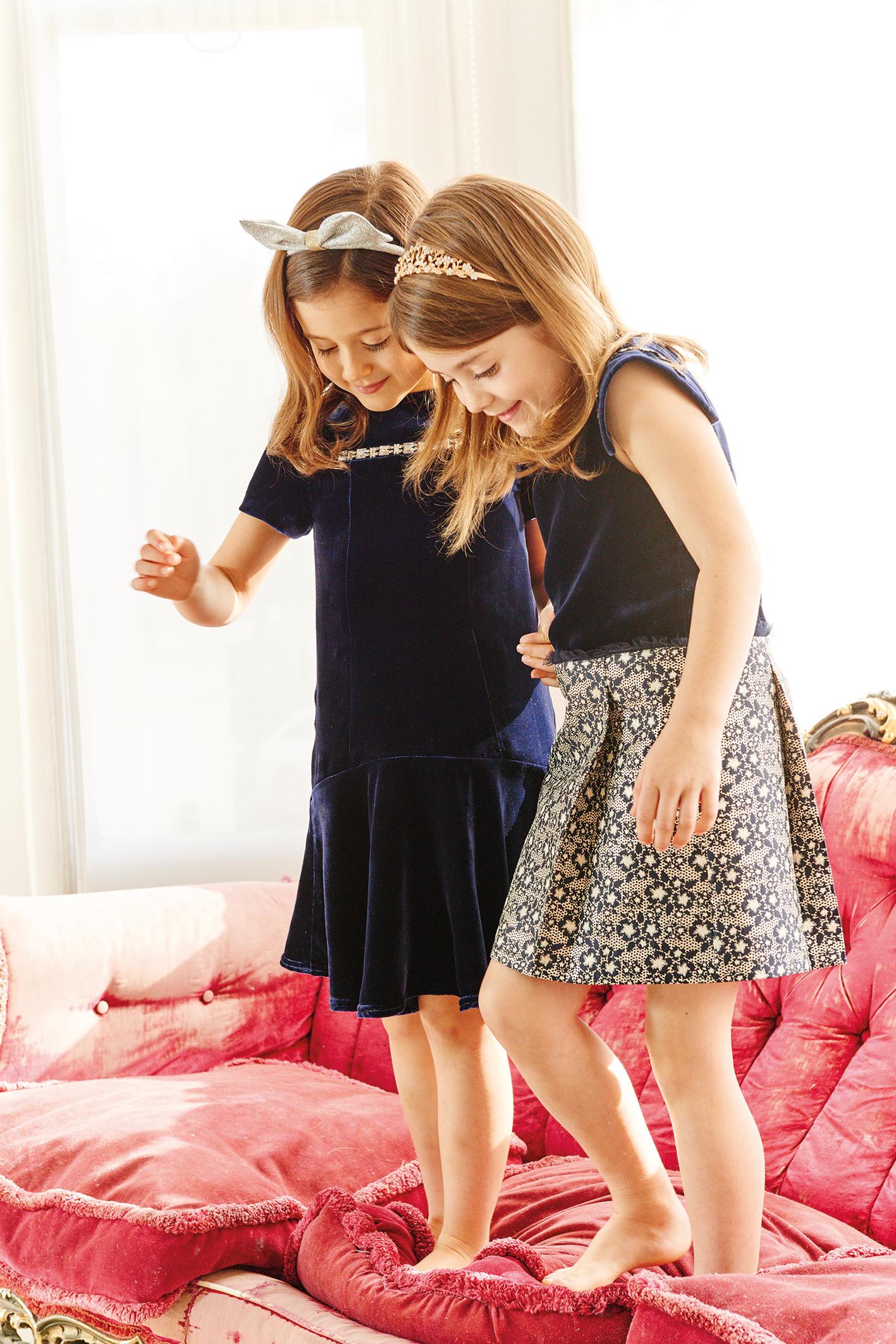 Oh…My! Kidswear: Teeparty Seidensamtkleid (195 €) Kleid mit abfallendem Saum (195 €) www.ohmykidswear.com