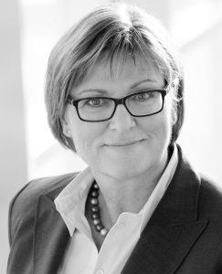 Bei Weise zunächst vom Insolvenzverwalter eingesetzt, ist Ursula Lindl nun eine der drei neuen Gesellschafter und Geschäftsführerin. Nach Stationen jeweils in der Geschäftsführung bei Vedes, der Edeka AG und der Metro AG war sie zuletzt als Unternehmensberaterin tätig.