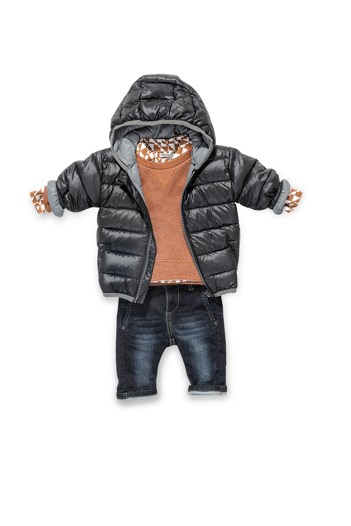Imps & Elfs: Weltenbummler Hemd (ab 35,95 €), Pullover (ab 42,95 €) Chino (ab 49,95 €), Jacke (ab 79,95 €) www.imps-elfs.com