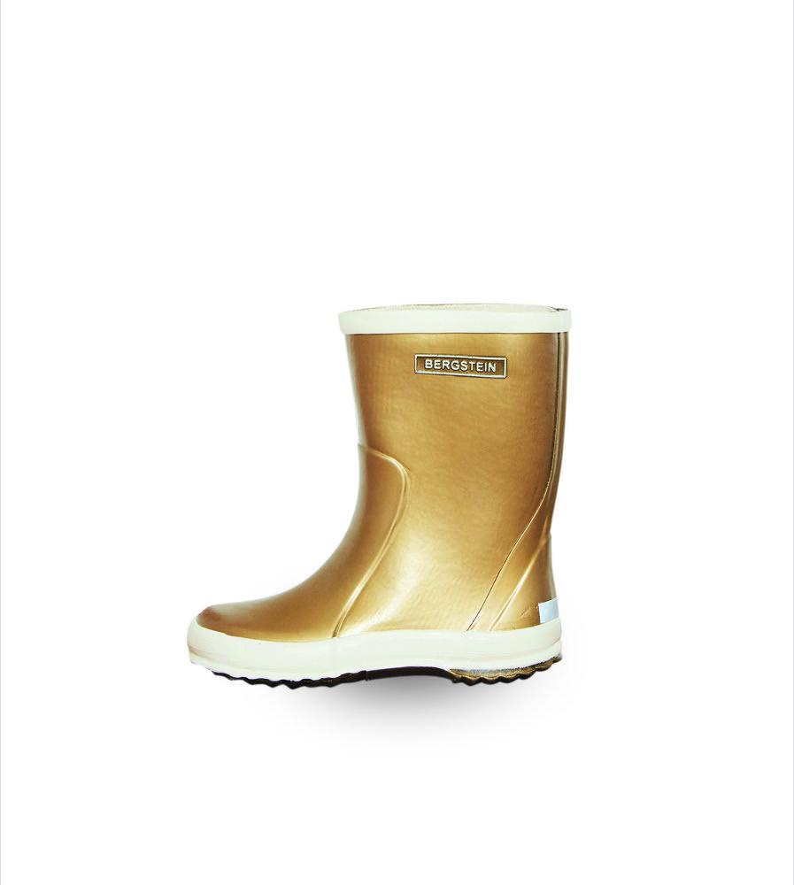 Auftritt mit Edel-Appeal: Von Bergstein kommen wetterfeste Stiefel mit Silber- oder Goldschimmer – einfach mal was ganz Besonderes.