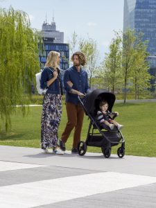 Eine der Neuheiten der Artsana-Marke Chicco ist der Multiride, ein praktischer Buggy mit vielen Funktionen für Stadt- und Landeltern.